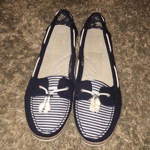 Tom's Slip Ons